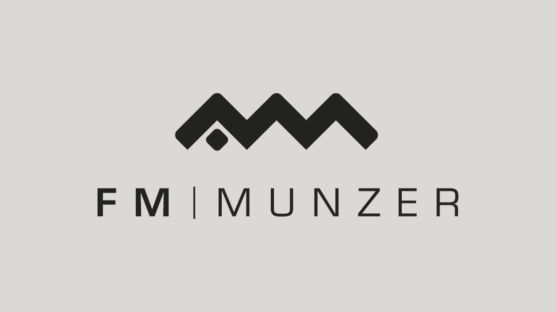 Logo Gestaltung von Jan Möltgen, Grafikdesigner in München